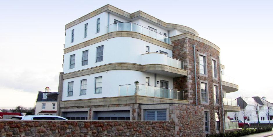 La Plage Apartments 2